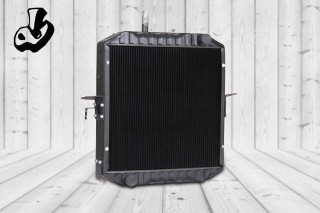 RADIATOR ASSY.  Size: 23.6 x 25.4 (4 ROW)  OEM: NISSAN  Loads Code = 3305-230  VEHICLE: ISUZU-MT-133 BUS